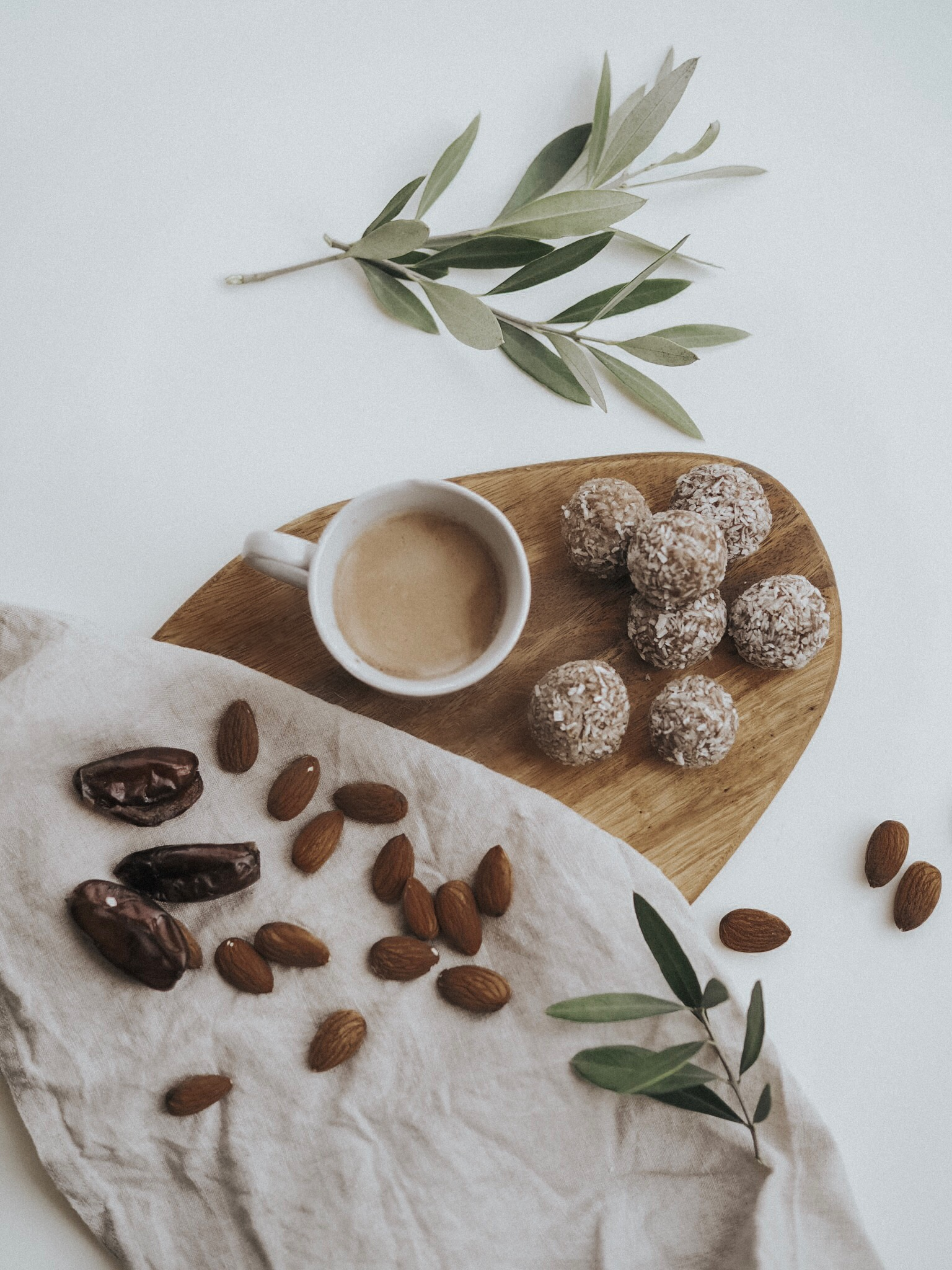 Dirty Chai Espresso Energy Balls